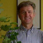 Christophe Delbos, Ingeniero Agrónomo, Asesor Técnico en el desarrollo de vides injertadas.Socio